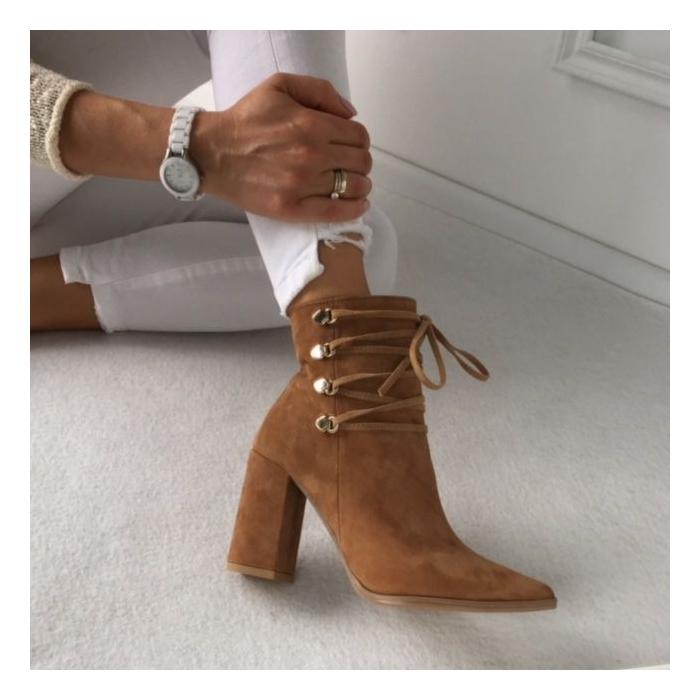 descuento en venta diseño moderno mejores telas PIĘKNE POLSKIE BOTKI Calzado Queen WŁOSKA SKÓRA METALOWE ZACZEPY ZAMSZ CAMEL